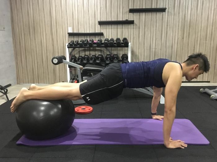 健身房滑雪訓練/Xuan瘋運動教室/GYM/平衡訓練/瑞士球平板式